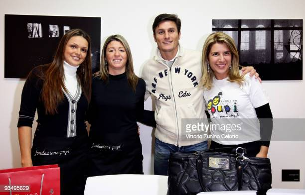 Internazionale Milan defender Javier Zanetti attends P.U.P.I. Shop opening on November 27, 2009 in Milan, Italy. The P.U.P.I. Is a charity...