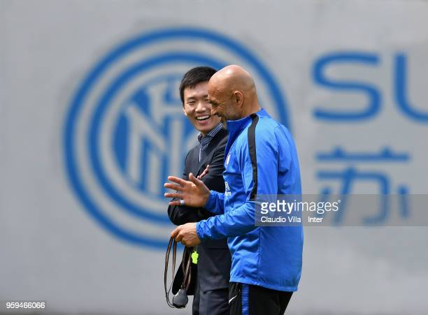 Internazionale Milano board member Steven Zhang Kangyang and Head Coach FC Internazionale Luciano Spalletti speak during the FC Internazionale...