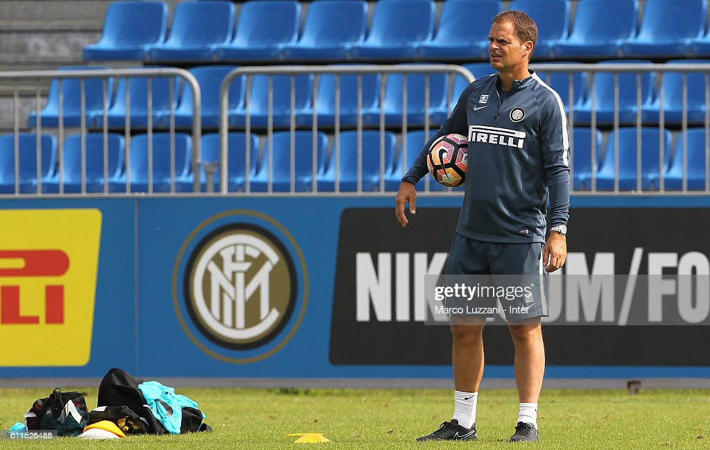 FC Internazionale Milano coach Frank de Boer watches the action during the FC Internazionale training session at the club's training ground 'La Pinetina' on September 30, 2016 in Como, Italy.