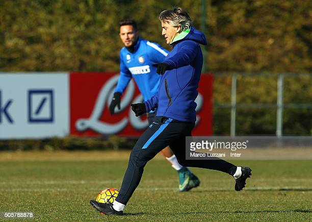 Internazionale Milano coach Roberto Mancini in action during the FC Internazionale training session at the club's training ground on January 20 2016...