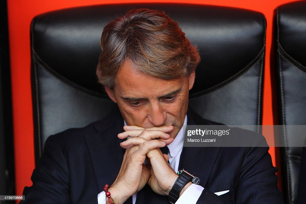 FC Internazionale Milano coach Roberto Mancini looks on before the Serie A match between FC Internazionale Milano and Juventus FC at Stadio Giuseppe Meazza on May 16, 2015 in Milan, Italy.