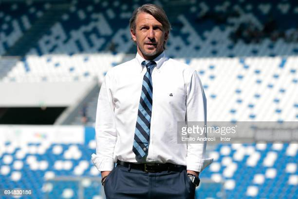 FC Internazionale Milano coach Stefano Vecchi looks on before the Primavera TIM Playoffs match between FC Internazionale and ACF Fiorentina on June...