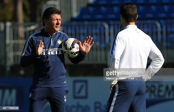 Internazionale Milano coach Walter Mazzarri gestures during FC Internazionale training session at the club's training ground on October 24 2014 in...