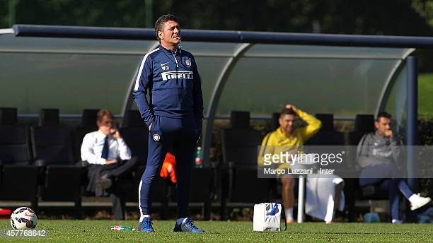 Internazionale Milano coach Walter Mazzarri looks on during FC Internazionale training session at the club's training ground on October 24 2014 in...