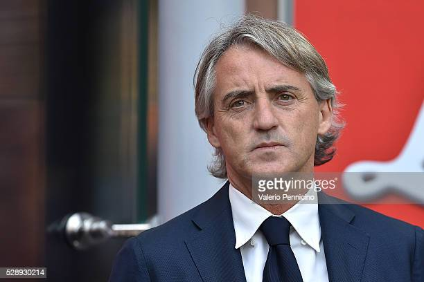 Internazionale Milano head coach Roberto Mancini looks on during the Serie A match between FC Internazionale Milano and Empoli FC at Stadio Giuseppe...