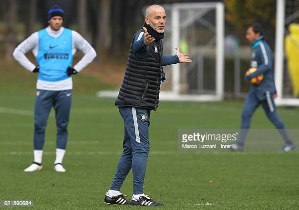 Internazionale Milano new coach Stefano Pioli issues instructions to his players during the FC Internazionale training session at the club's training...