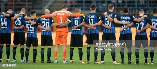 Internazionale Milano players observe a minute's silence in memory of the victims of Thursday's terrorist attacks in Spain prior to the Serie A match...