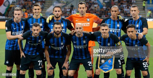 Internazionale Milano team line up before the Serie A match between FC Internazionale and ACF Fiorentina at Stadio Giuseppe Meazza on August 20 2017...