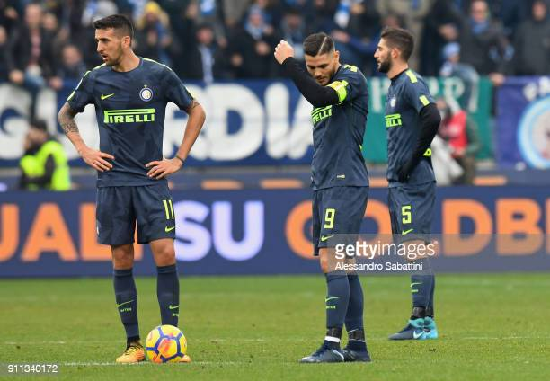 Internazionale players reacts during the serie A match between Spal and FC Internazionale at Stadio Paolo Mazza on January 28 2018 in Ferrara Italy