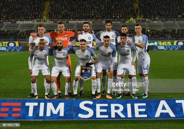 Internazionale pose for a photo during the serie A match between ACF Fiorentina and FC Internazionale at Stadio Artemio Franchi on January 5 2018 in...