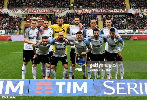Internazionale pose for a photo during the serie A match between Torino FC and FC Internazionale at Stadio Olimpico di Torino on April 8 2018 in...