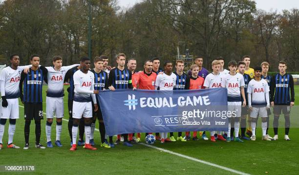Internazionale pose for a photo during the UEFA Youth League match between Tottenham Hotspur and FC Internazionale at Tottenham Hotspur Training...