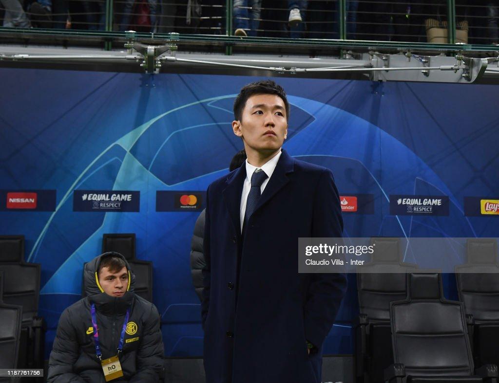 FC Internazionale v FC Barcelona: Group F - UEFA Champions League : Foto jornalística