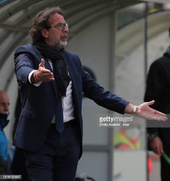 Internazionale U19 coach Armando Madonna issues instructions to his players during the Primavera 1 TIM match between FC Internazionale U19 and ACF...