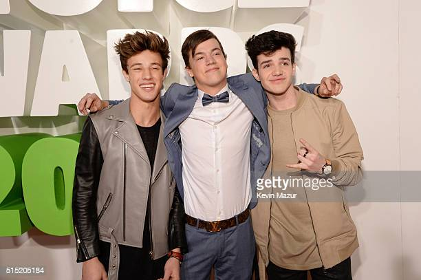Internet personalities Cameron Dallas Taylor Caniff and Aaron Carpenter attend Nickelodeon's 2016 Kids' Choice Awards at The Forum on March 12 2016...