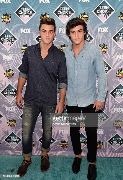 Internet personalities Grayson Dolan and Ethan Dolan attend Teen Choice Awards 2016 at The Forum on July 31 2016 in Inglewood California
