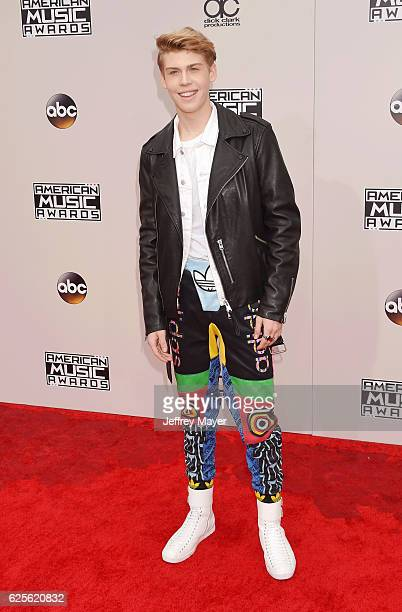 Internet personality Aidan Alexander arrives at the 2016 American Music Awards at Microsoft Theater on November 20 2016 in Los Angeles California