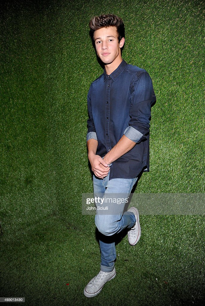 Calvin Klein Jeans Hosted Music Event In Los Angeles To Celebrate Fall 2015 Ad Campaign