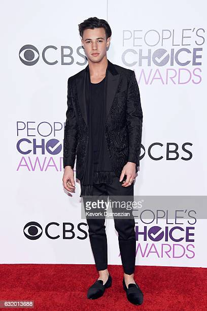 Internet personality Cameron Dallas attends the People's Choice Awards 2017 at Microsoft Theater on January 18 2017 in Los Angeles California