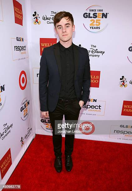 Internet personality Connor Franta attends the 2015 GLSEN Respect Awards at the Beverly Wilshire Four Seasons Hotel on October 23 2015 in Beverly...