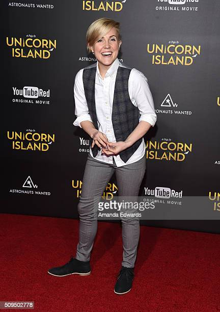 """Internet personality Hannah Hart arrives at the premiere of """"A Trip To Unicorn Island"""" at TCL Chinese Theatre on February 10, 2016 in Hollywood,..."""