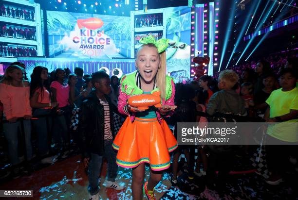 Internet personality JoJo Siwa winner of Favorite Viral Artist at Nickelodeon's 2017 Kids' Choice Awards at USC Galen Center on March 11 2017 in Los...