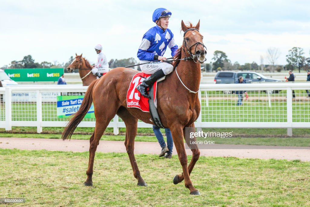 Internship ridden by Ben Allen returns after winning the ONeills Restaurant BM64 Handicap at Sale Racecourse on August 17, 2017 in Sale, Australia.