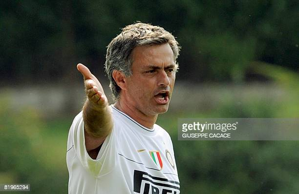 Inter's new coach Jose Mourinho of Portugal gives instructions to his players during a training session at La Pinetina the club's Training Camp at...