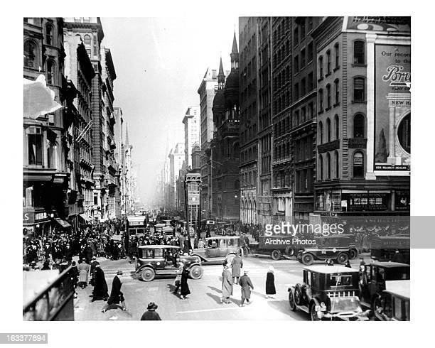 Intersection of 42nd Street and 5th Avenue in New York City 1920s