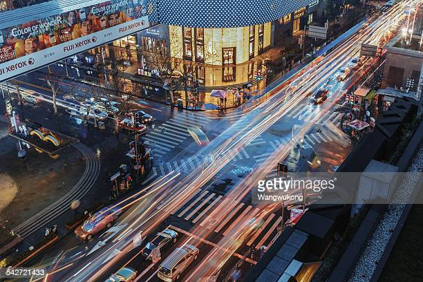 intersection - shanghai billboard stock pictures, royalty-free photos & images
