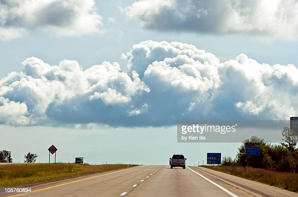 interstate highway - ken ilio stock pictures, royalty-free photos & images