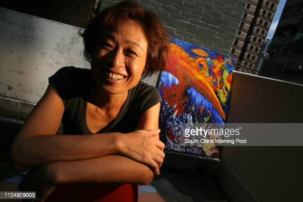 Interview with painter Linda Liao for Hong Kong Face at her studio in Wan Chai 12 July 2006