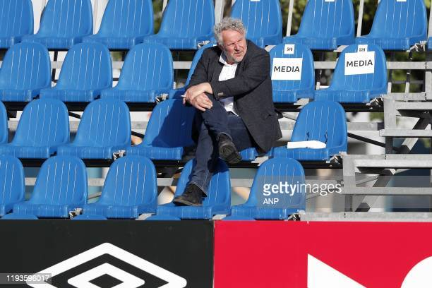 Interviewer Joep Schreuder during a international friendly match between PSV Eindhoven and KAS Eupen at Aspire Academy on January 11, 2020 in Doha,...