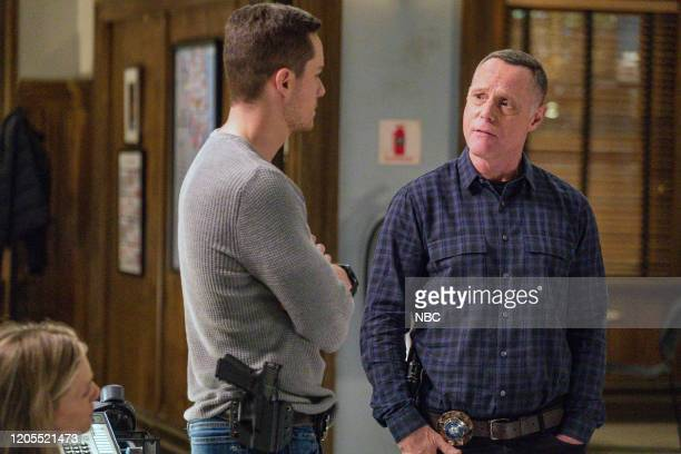 """Intimate Violence"""" Episode 715 -- Pictured: Jesse Lee Soffer as Jay Halstead, Jason Beghe as Hank Voight --"""