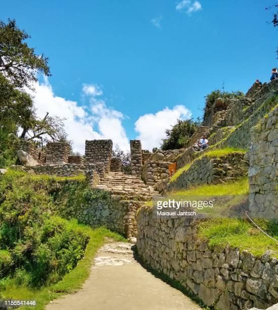 intipunku (sun gate),  a fortress of the sacred city of machu picchu. - マチュピチュ ストックフォトと画像