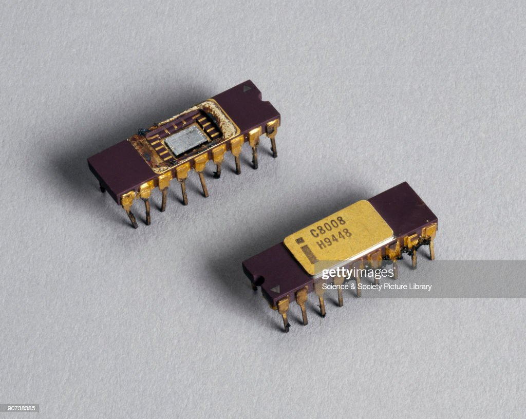 Two Intel 8080 microprocessor chips, 1970s. : Nachrichtenfoto