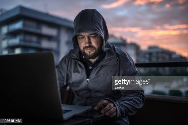 intruder - identity theft stock pictures, royalty-free photos & images