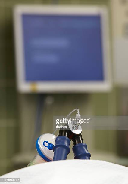 intubation in a german hospital - intubation stock pictures, royalty-free photos & images