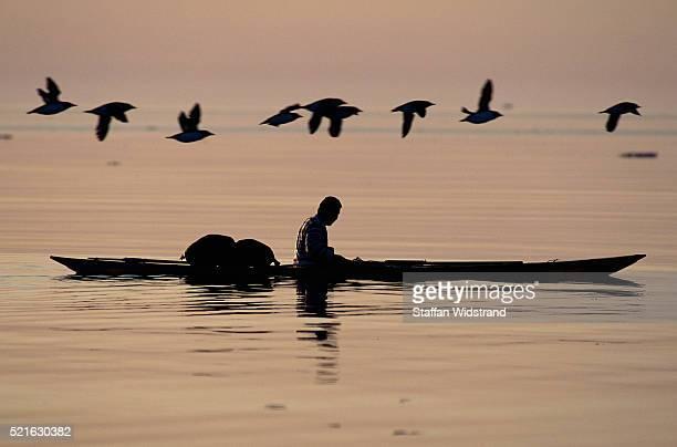 Inuit Hunter Kayaking