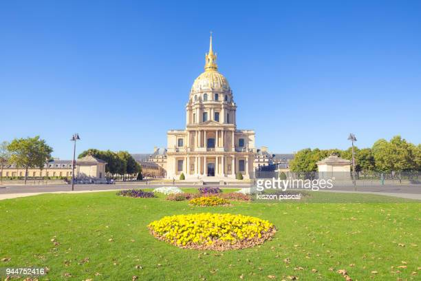 invalides - les invalides quarter stock photos and pictures