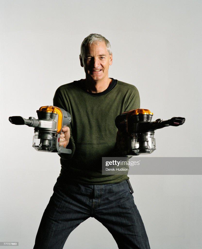 GBR: James Dyson : ニュース写真