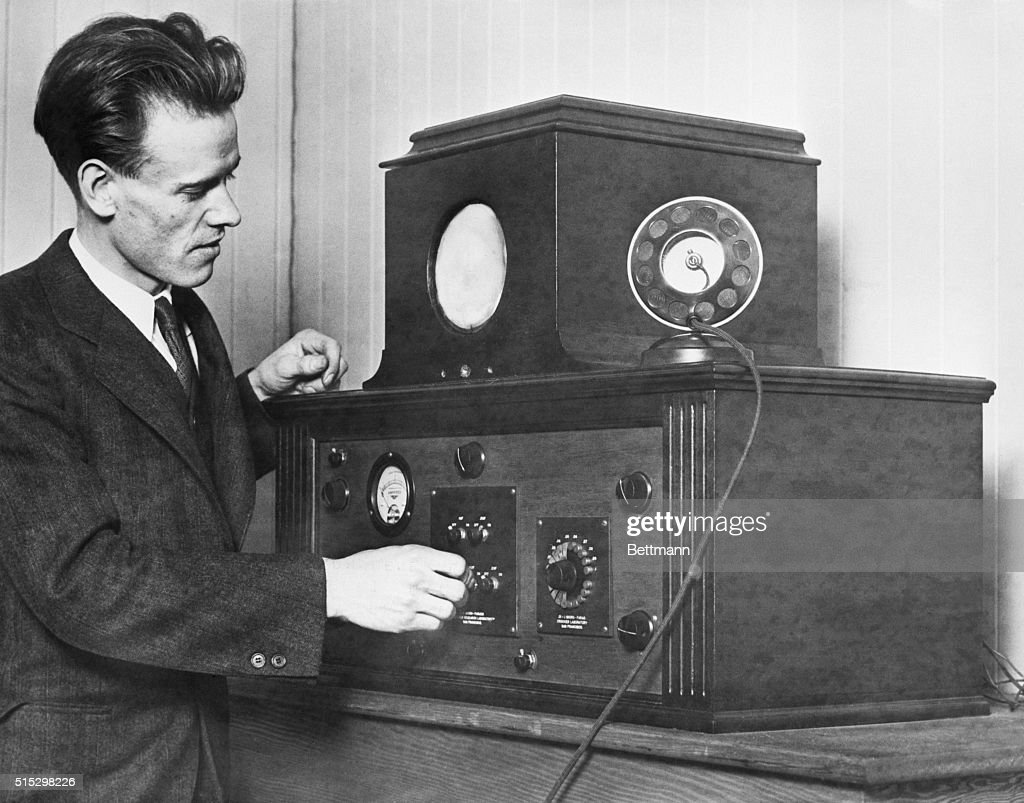 Philo T. Farnsworth with his Television Receiver : News Photo