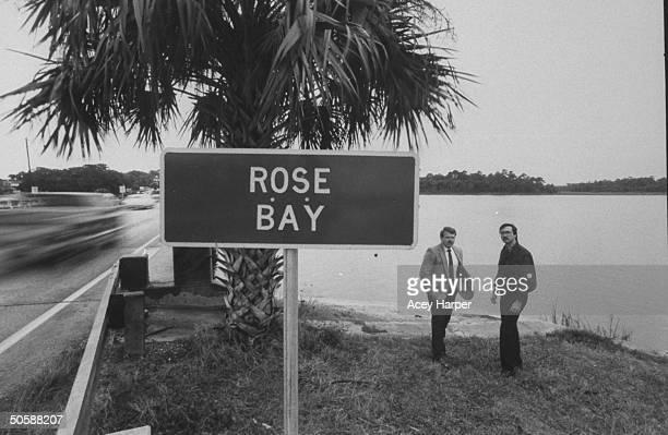 Investigators of lesbian serial murderer Aileen Wuormos Bob Kelley Larry Horzepa by Rose Bay sign where she told them she threw away gun