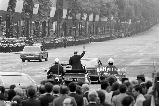 Investiture Of Francois Mitterrand Ceremony At The Arc Of Triumph A Paris le 21 mai 1981 le jour de son investiture le Président de la République...