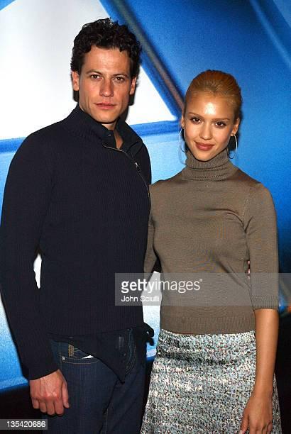 Ioan Gruffudd and Jessica Alba at the Exhibitor Relations and Schmoozearama