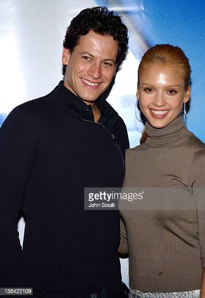 Ioan Gruffudd and Jessica Alba at the Exhibitor Relations and Schmoozearama