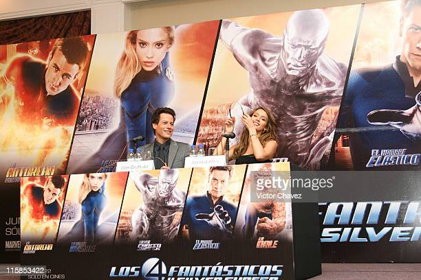 Ioan Gruffudd and Jessica Alba during Fantastic Four Rise of the Silver Surfer Mexico City Press Conference and Photocall at Hotel Four Seasons in...