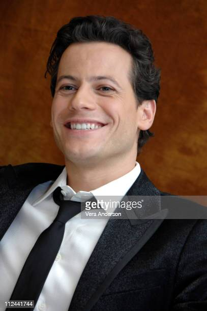 Ioan Gruffudd during Amazing Grace Press Conference with Ioan Gruffudd at Four Seasons in Beverly Hills California United States