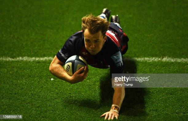 Ioan Lloyd of Bristol Bears goes over to score his sides third try during the Gallagher Premiership Rugby match between Bristol Bears and Exeter...