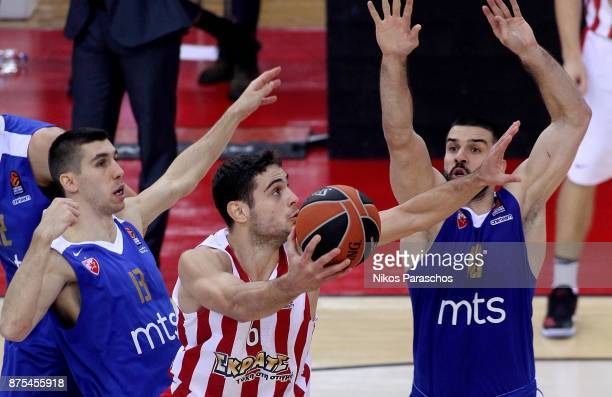 Ioannis Papapetrou #6 of Olympiacos Piraeus competes with Branko Lazic #10 of Crvena Zvezda mts Belgrade during the 2017/2018 Turkish Airlines...